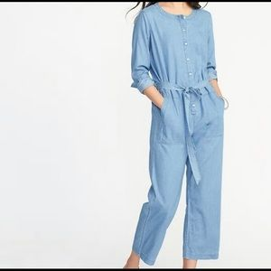 Old Navy | Chambray Utility Jumpsuit | NWT | Small